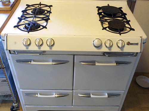 desiree s o keefe merritt stove vintage stove restoration delivered frontdoors on nov 2 2013 i purchased an o keefe merritt gas stove