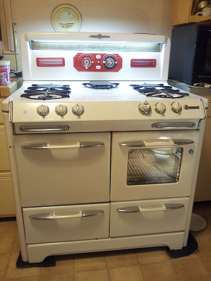 Before Exterior Modifications Lucy Wwindow Redmakeup1 Windowed Oven Door Added